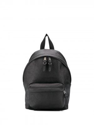 Рюкзак на молнии Eastpak. Цвет: черный