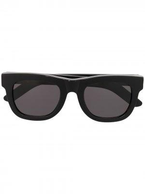 Солнцезащитные очки в квадратной оправе Retrosuperfuture. Цвет: черный