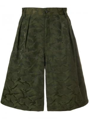 Камуфляжные шорты с принтом Comme Des Garçons Shirt Boys. Цвет: зеленый