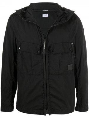 Куртка с нашивкой-логотипом C.P. Company. Цвет: черный