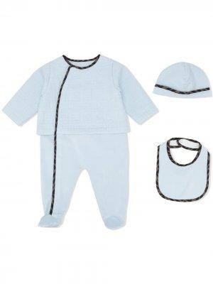 Комплект из комбинезона, шапки и нагрудника Fendi Kids. Цвет: синий