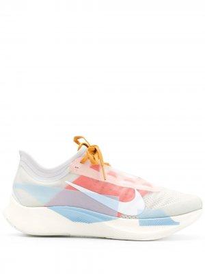 Беговые кроссовки Zoom Fly 3 Nike. Цвет: белый