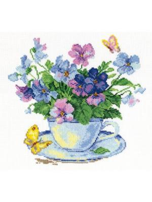 Набор для вышивания Утренние цветы  24х24 см Алиса. Цвет: голубой, желтый, зеленый, светло-голубой, темно-фиолетовый, фиолетовый