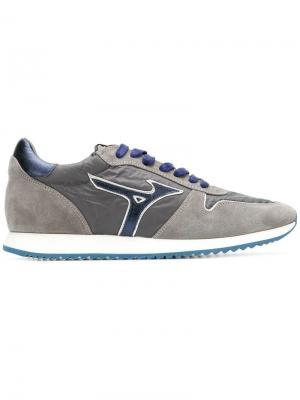 1906 sneakers Mizuno. Цвет: серый
