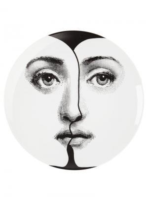 Тарелка с лицом Fornasetti. Цвет: черный