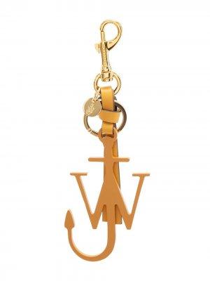 Брелок J Anchor с подвеской в виде якоря JW Anderson. Цвет: золотистый