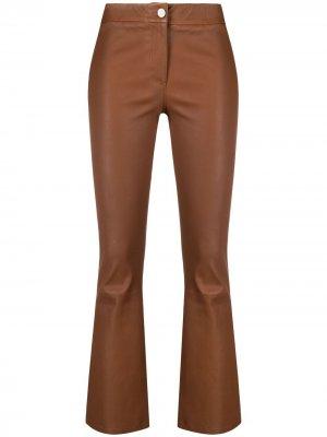 Расклешенные брюки Arma. Цвет: коричневый