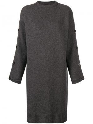 Платье-свитер с пуговицами на рукавах Pierantoniogaspari. Цвет: серый