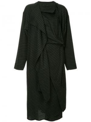Платье-кейп в клетку Lemaire. Цвет: черный