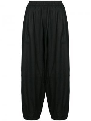 Укороченные брюки-шаровары The Celect. Цвет: черный