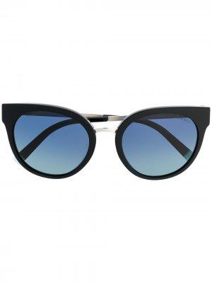 Солнцезащитные очки в оправе кошачий глаз Tiffany & Co Eyewear. Цвет: черный
