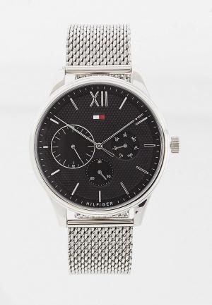 Часы Tommy Hilfiger. Цвет: серый