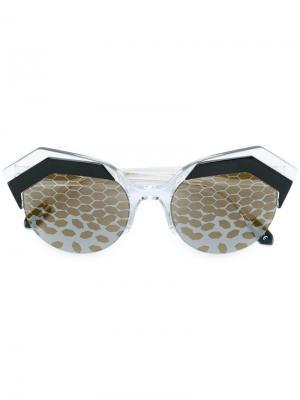 Солнцезащитные очки Serpent Eyes Bulgari. Цвет: черный