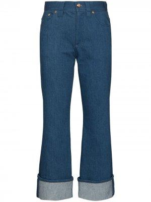 Укороченные расклешенные джинсы с подворотами Chloé. Цвет: синий