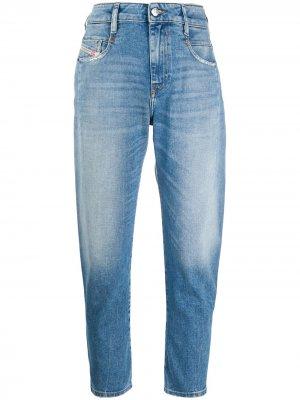 Укороченные зауженные джинсы Diesel. Цвет: синий