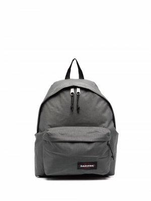 Рюкзак с нашивкой-логотипом Eastpak. Цвет: серый