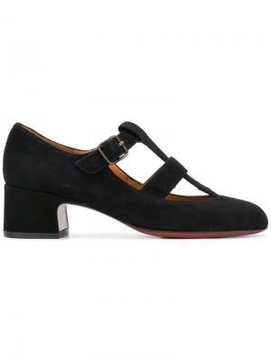 Лоферы с Т-образным ремешком на наборном каблуке Chie Mihara. Цвет: черный