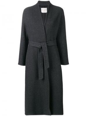 Пальто кроя халата Forte. Цвет: серый