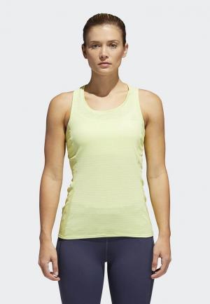 Майка спортивная adidas. Цвет: желтый