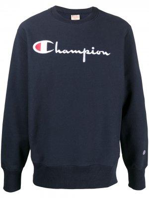 Джемпер с логотипом Champion. Цвет: синий
