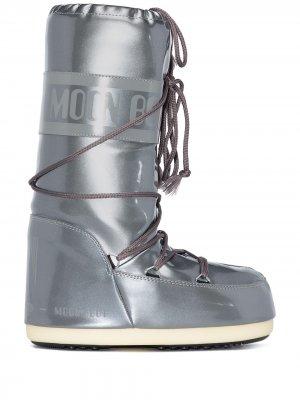Дутые сапоги Classic Icon Moon Boot. Цвет: серебристый