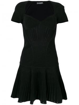 Вязаное короткое платье Alexander McQueen. Цвет: черный