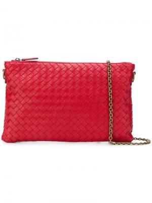Плетеная сумка через плечо Bottega Veneta. Цвет: красный