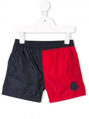 Пляжные шорты с логотипом Moncler Kids. Цвет: синий