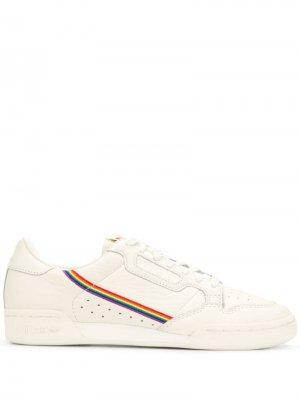 Кроссовки Continental 80 Pride adidas. Цвет: белый