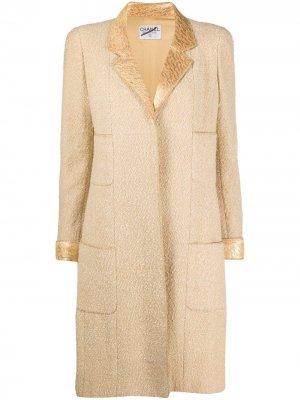 Пальто с эффектом металлик Chanel Pre-Owned. Цвет: золотистый
