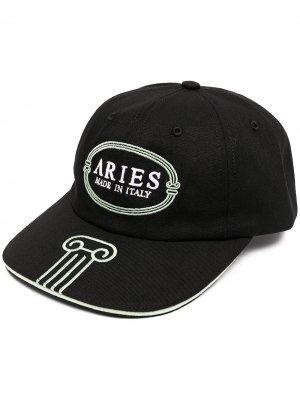 Кепка с вышитым логотипом Aries. Цвет: черный
