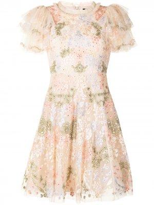 Расклешенное платье Elin с вышивкой Needle & Thread. Цвет: розовый
