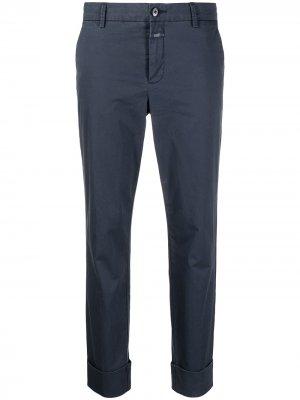 Укороченные брюки чинос Closed. Цвет: синий