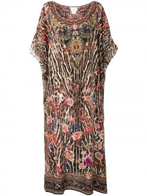 Платье-кафтан с принтом Camilla. Цвет: коричневый