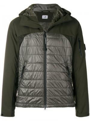 Padded bomber jacket CP Company. Цвет: зеленый