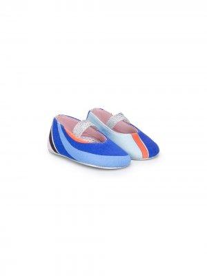 Балетки с абстрактным принтом Emilio Pucci Junior. Цвет: синий