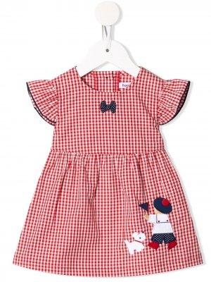 Клетчатое платье с вышивкой Familiar. Цвет: белый