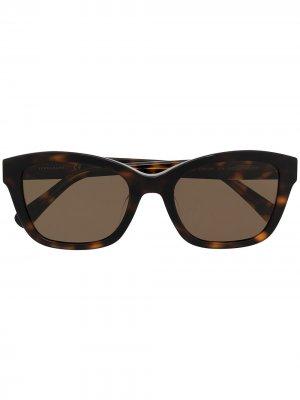 Солнцезащитные очки в квадратной оправе Longchamp. Цвет: коричневый