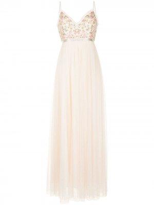 Платье с цветочной вышивкой и оборками Needle & Thread. Цвет: нейтральные цвета