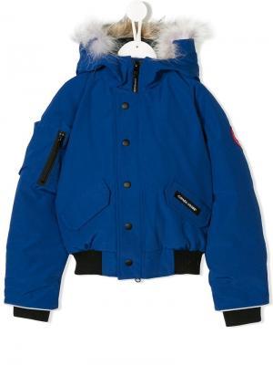 Куртка с капюшоном Canada Goose Kids. Цвет: синий