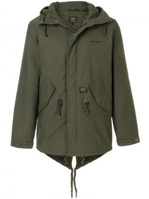 Куртка с капюшоном Carhartt. Цвет: зеленый