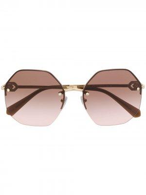 Солнцезащитные очки в массивной оправе Bvlgari. Цвет: золотистый