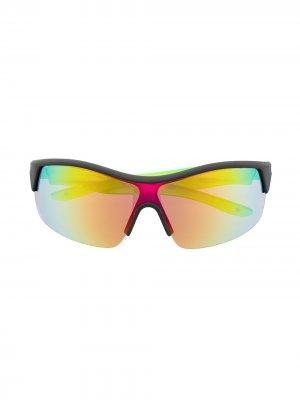 Солнцезащитные очки трапециевидной формы Molo. Цвет: черный