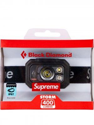 Налобный фонарь Storm 400 из коллаборации с Black Diamond Supreme. Цвет: черный