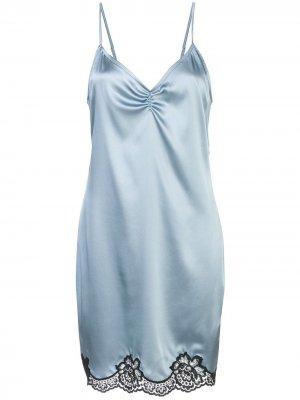Атласная комбинация с кружевной вставкой Fleur Du Mal. Цвет: синий