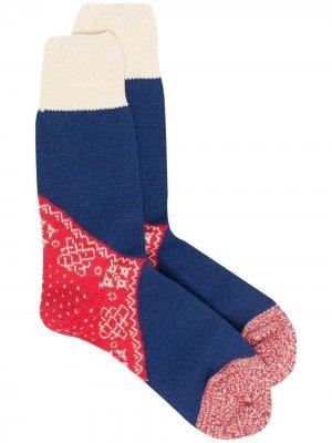 Носки вязки интарсия Kapital. Цвет: красный