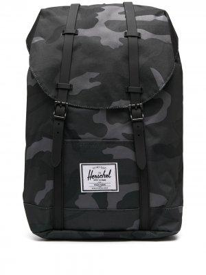 Рюкзак с камуфляжным принтом и пряжками Herschel Supply Co.. Цвет: синий