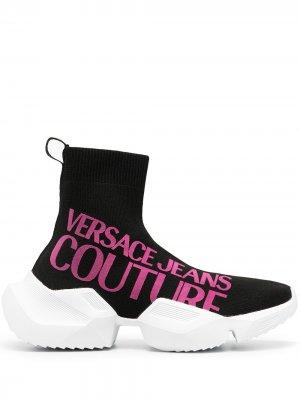 Кроссовки-носки с логотипом Versace Jeans Couture. Цвет: черный