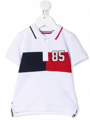 Рубашка поло с короткими рукавами и вышивкой Tommy Hilfiger Junior. Цвет: белый