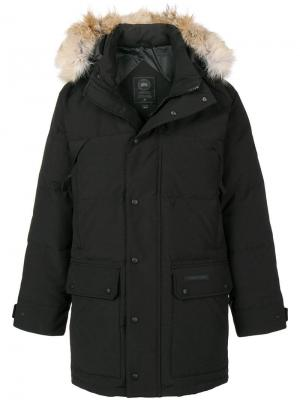 Coyote fur trimmed hood parka Canada Goose. Цвет: черный